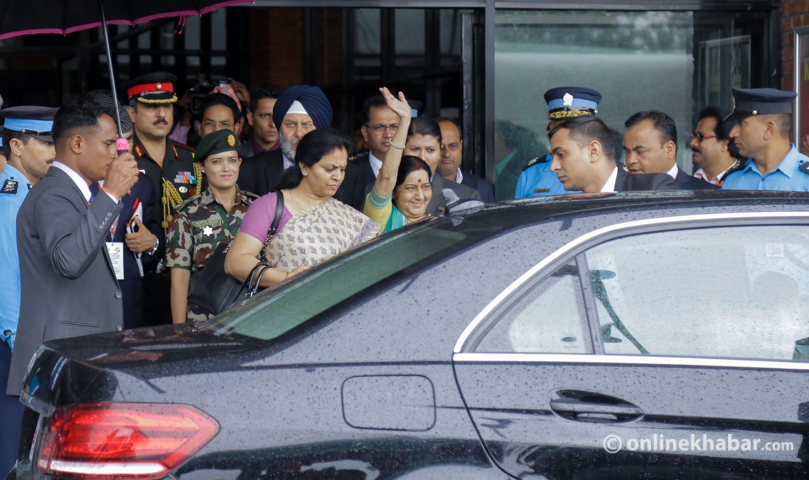 Sushma Swaraj calls on Nepal PM