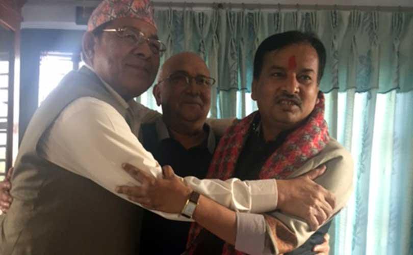 General secretary of Gachhadar's former party joins UML – OnlineKhabar