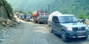 One way traffic operation resumes along Prithvi Highway after obstruction