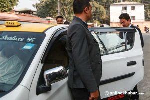 Gokarna Bista takes taxi to exit Singhadarbar