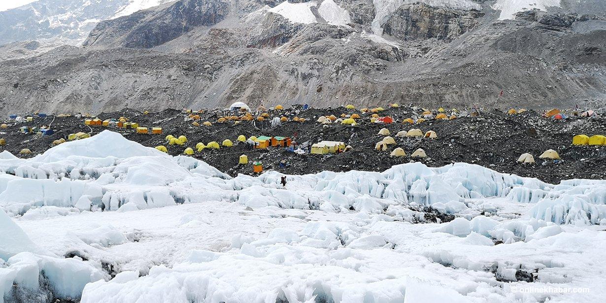 Everest-Base-Camp-Tents