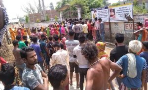 Dhanusha locals stage protest over relief distribution