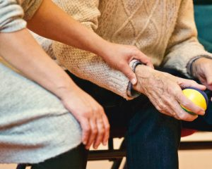 6 top tips for elderly care during pandemic this winter