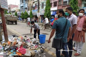 Birgunj litter bugs made to clean up road