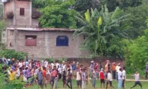 Dhanusha locals clash with each other; six injured