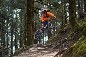 Star in the making: A budding mountain biker dares the DH scenario (Chapter I)