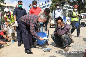 Baburam Bhattarai at Khulamanch to feed needy