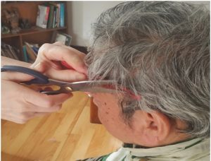 Light lockdown musings: How a grey-haired man quenched his haircut need amid Covid-19