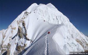 7 Nepali climbers scale 7,162-metre Baruntse