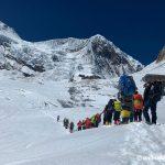 Season's first ascent of eight-thousander in Nepal: Bahraini prince's team climbs Manaslu