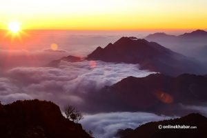 Benthanchok: Close to Kathmandu, this destination offers you mesmirising views of sunrise and mountains
