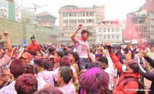 Kathmandu's Holi revellers flout Covid-19 safety measures