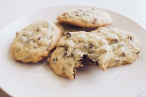 Follow this simple recipe to bake choco-chip butter cookies at home
