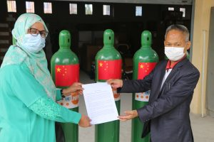 UNFPA, China donate 800 oxygen cylinders to Nepal