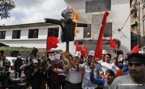 Darchula incident: Ruling coalition cadres burn Narendra Modi's effigy in Kathmandu
