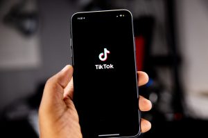 How to download videos from TikTok on smartphone and PC